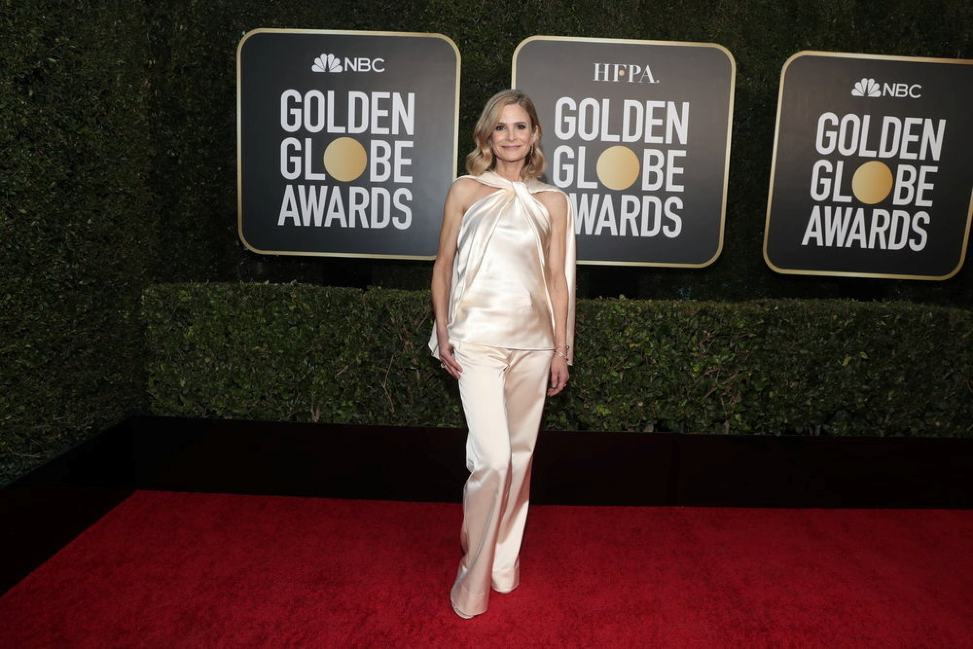 Kyra Sedgwick poses on the red carpet in at the annual Golden Globe Awards in Beverly Hills, California, USA. Photo: NBC via Reuters