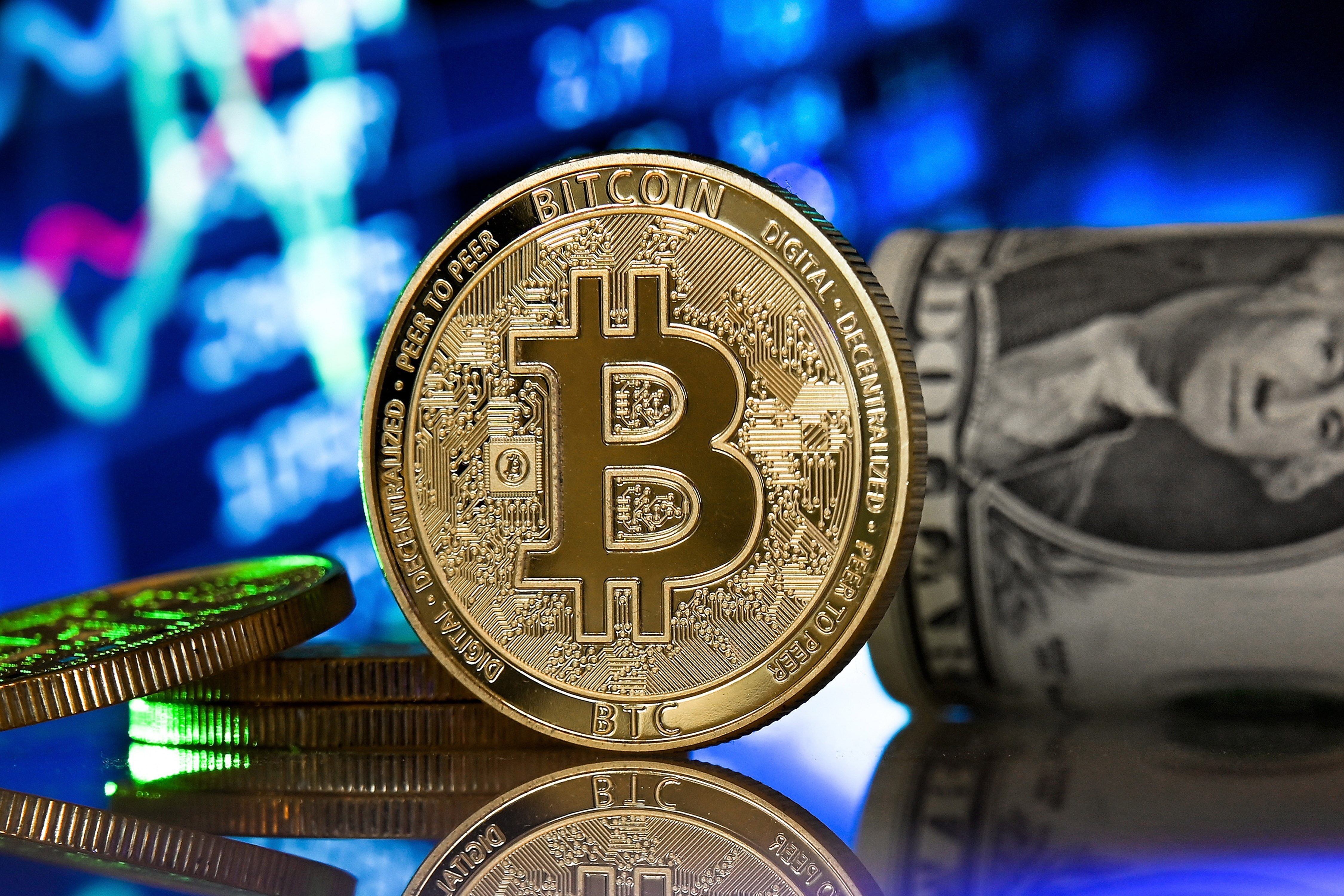 cum să faci profit vânzând bitcoins)