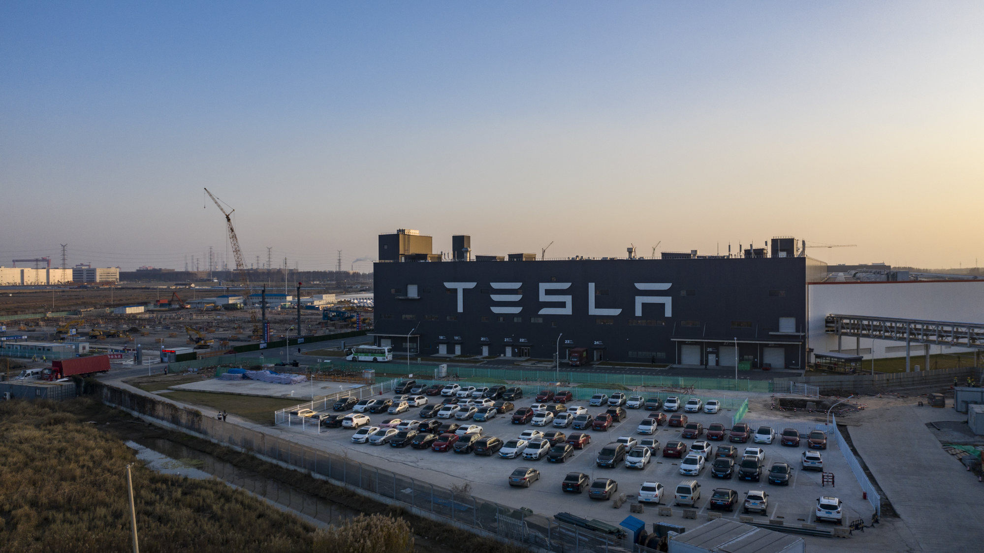Tesla's Gigafactory 3 plant at the Lingang Free Trade Zone in Shanghai on Friday, December 25, 2020. Photo: Bloomberg
