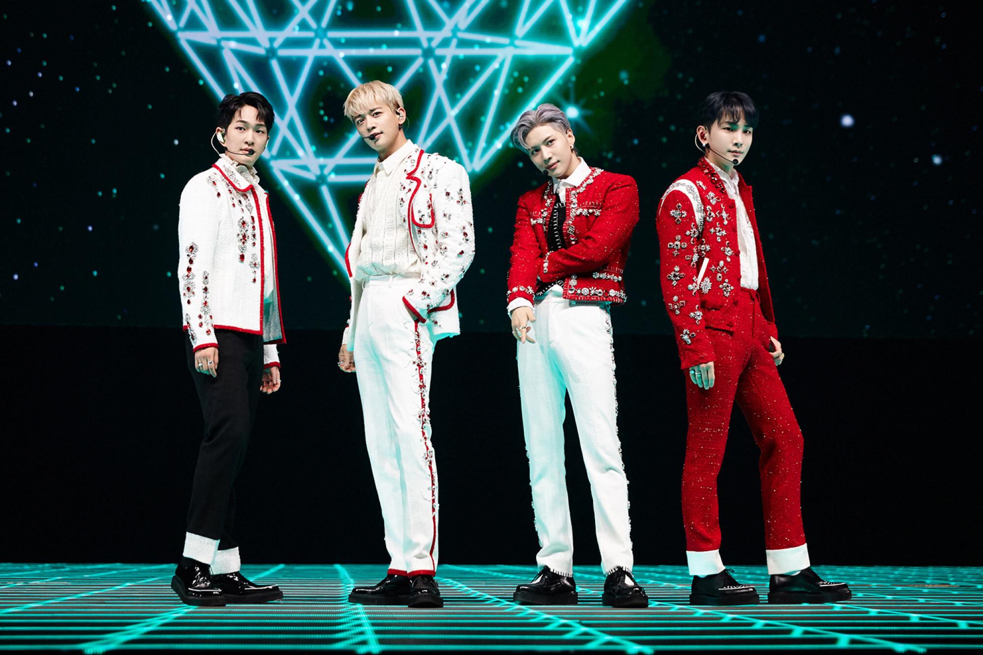Rocket Punch dipengaruhi oleh Shinee, dan sering menggunakan musik mereka untuk pemanasan  Foto SM Entertainment
