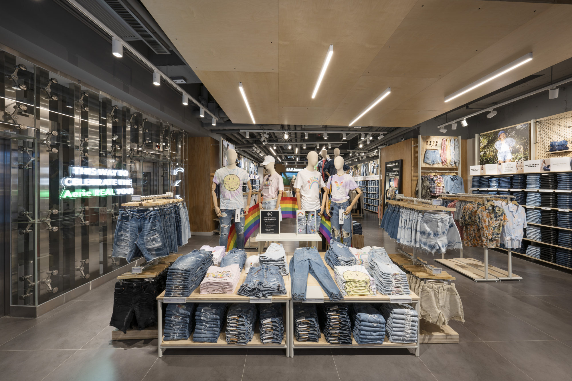 The interior of the American Eagle store in Central.