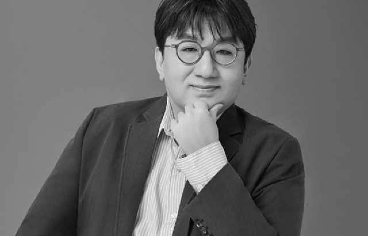 Bang Si-Hyuk. Foto: @ kpopnofficial / Instagram