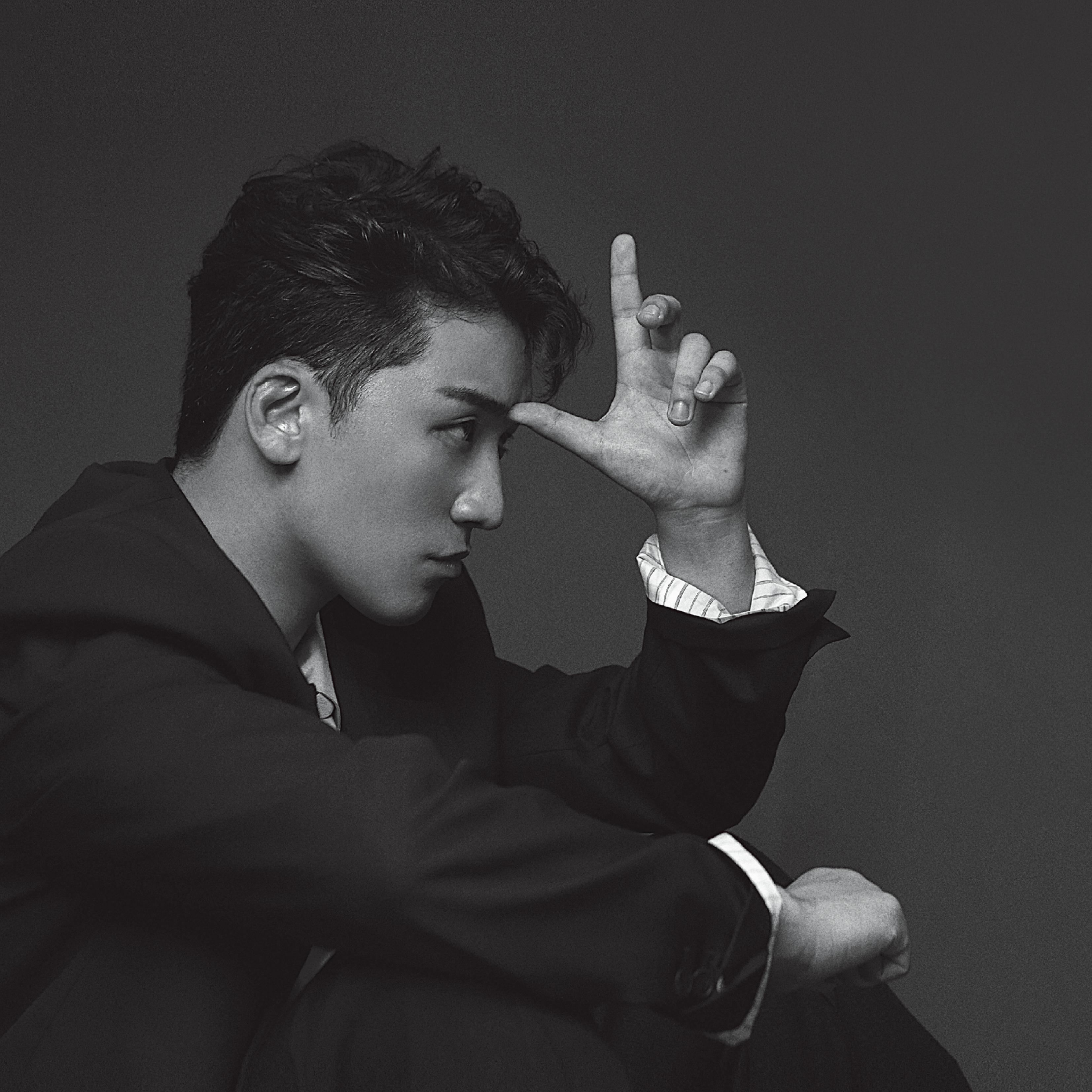 Yong Jun-hyung admits to watching illicit sex videos