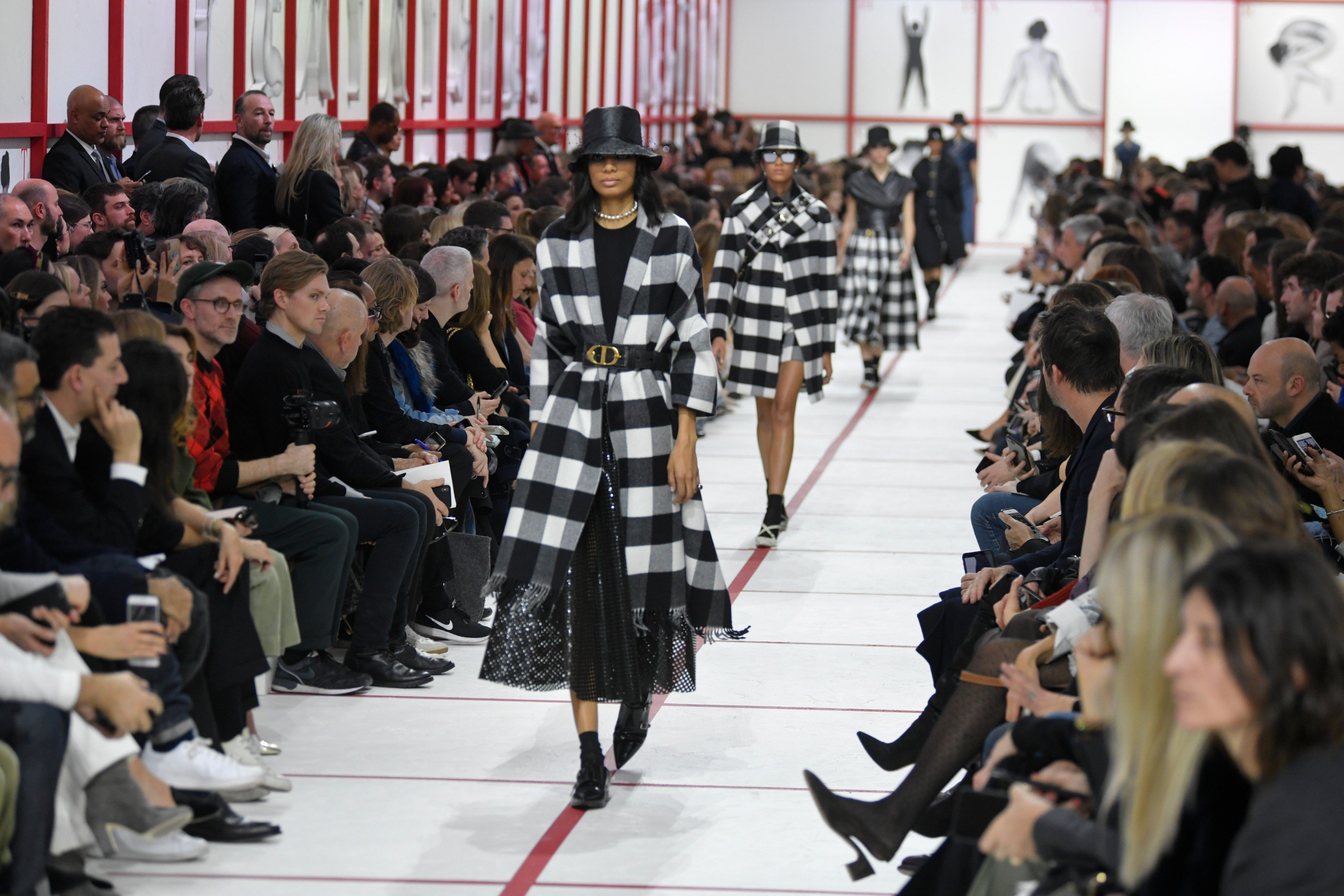 bd4fe44fcb740f Paris Fashion Week  the 5 biggest trends from the runway