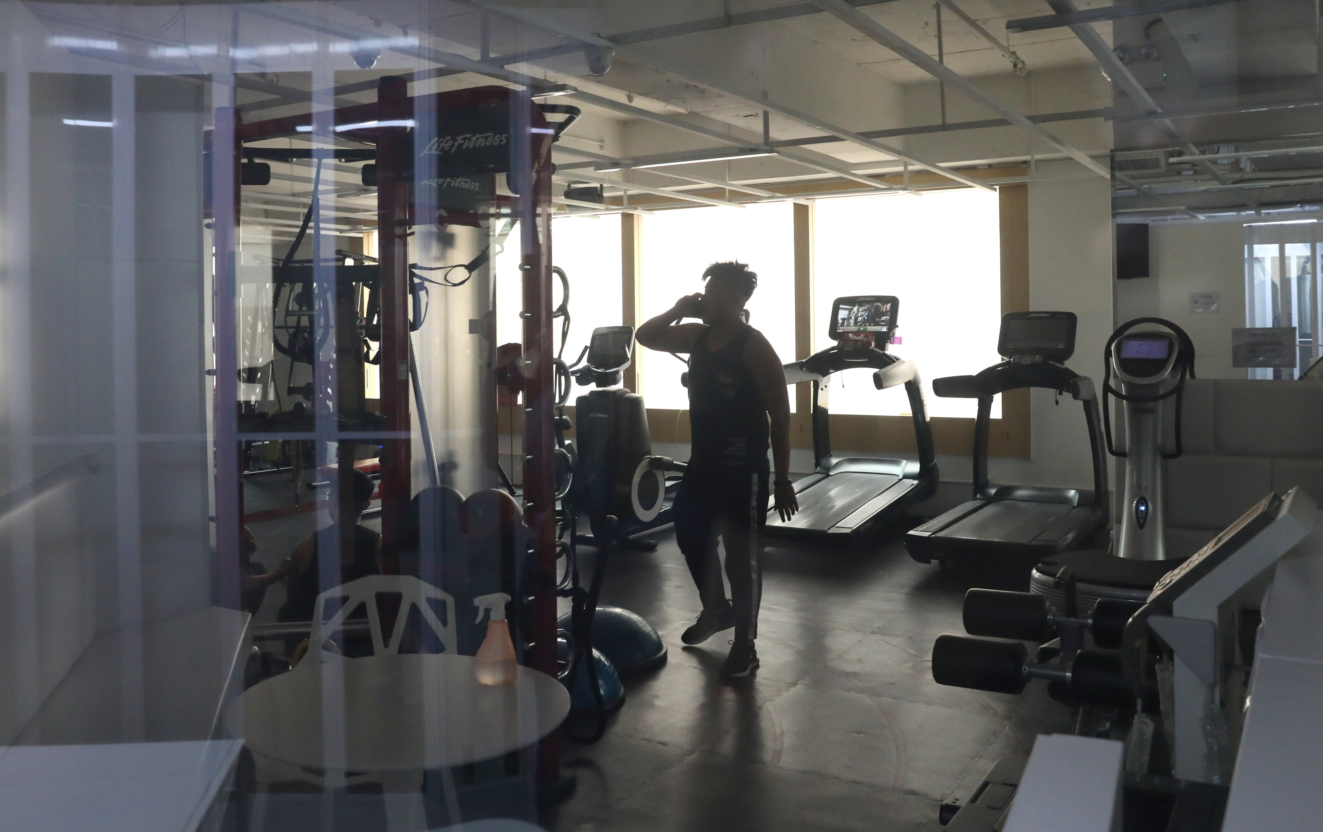 Hong kong gyms under fire for forcing customers to borrow from