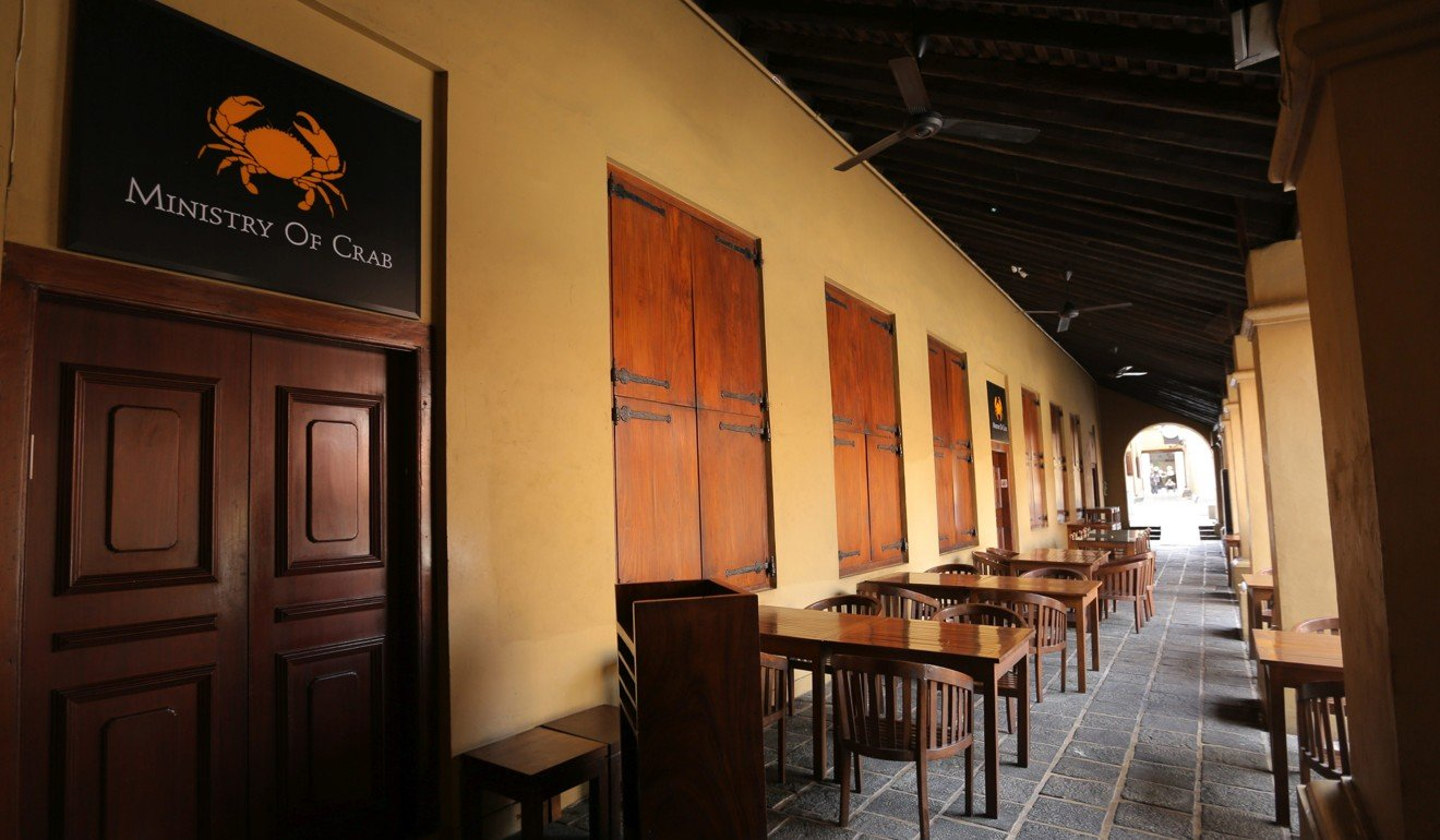 Empty tables outside the Ministry of Crab restaurant in Colombo, Sri Lanka. Photo: Bloomberg