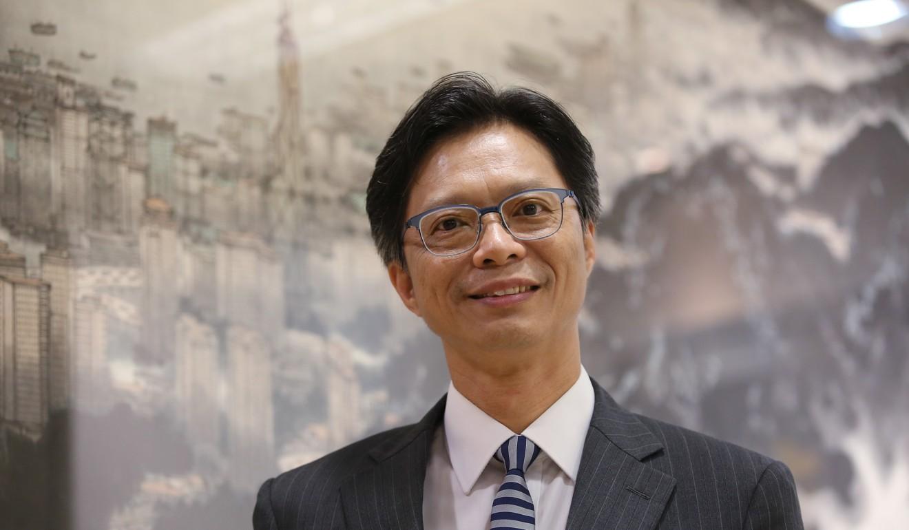 Hong Kong stock exchange operator tightens regulation of back-door