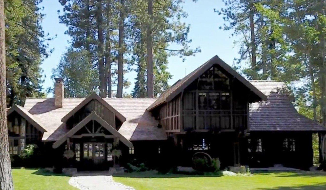 Why Mark Zuckerberg buys up properties that surround his 10