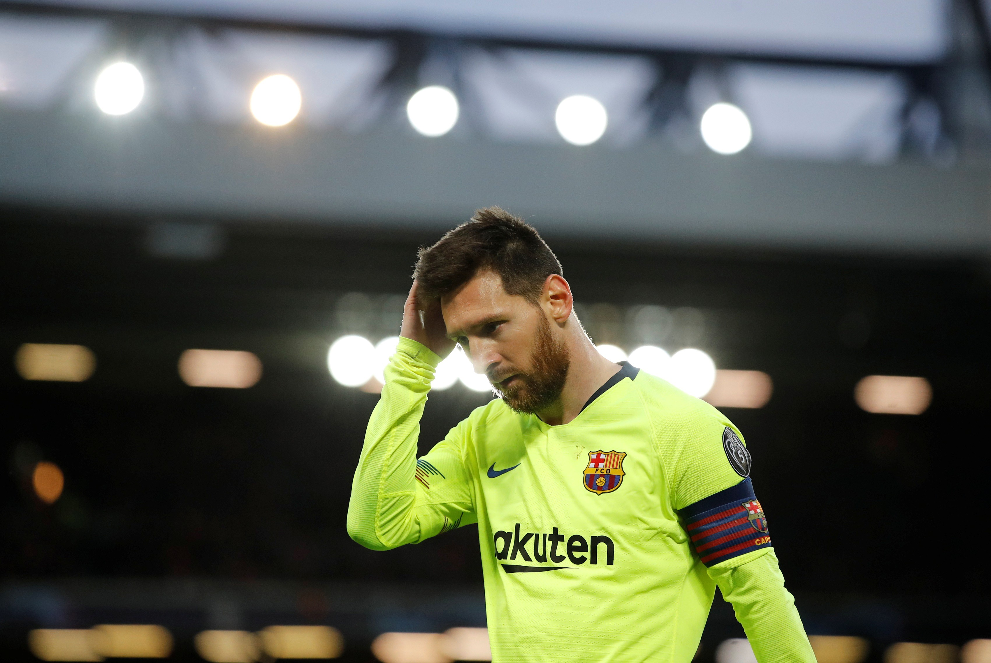 a1530f1d745 Messi s miserable night gets worse after team bus leaves without him ...