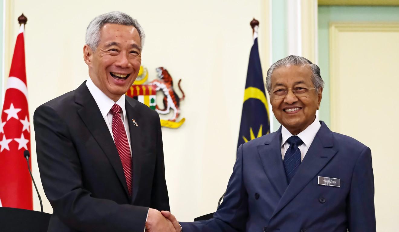 Singapore 'playing for time' in water dispute with Malaysia: Daim Zainuddin