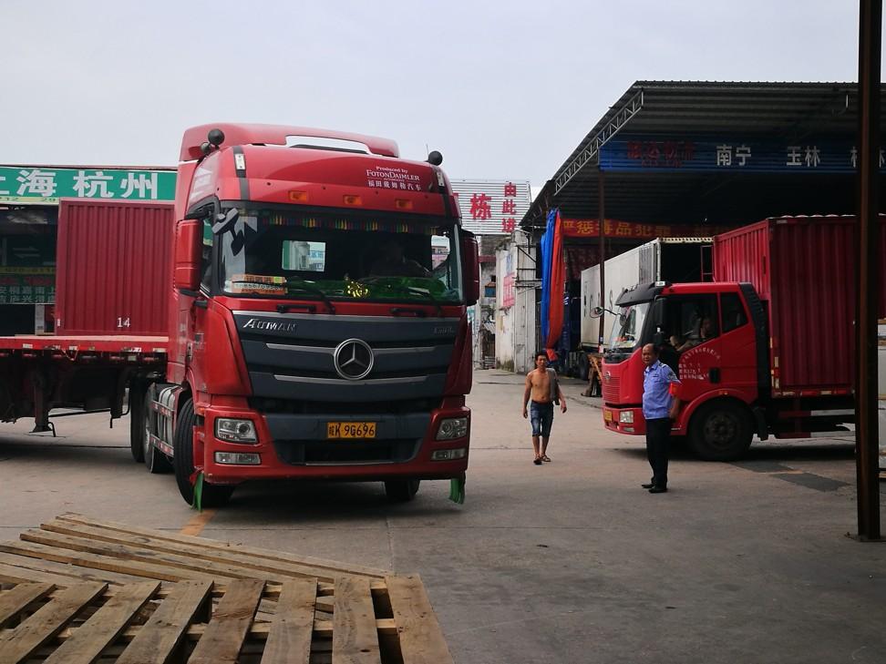 Cac cong ty logistics Trung Quoc an dam nho lan song chuyen dich san xuat