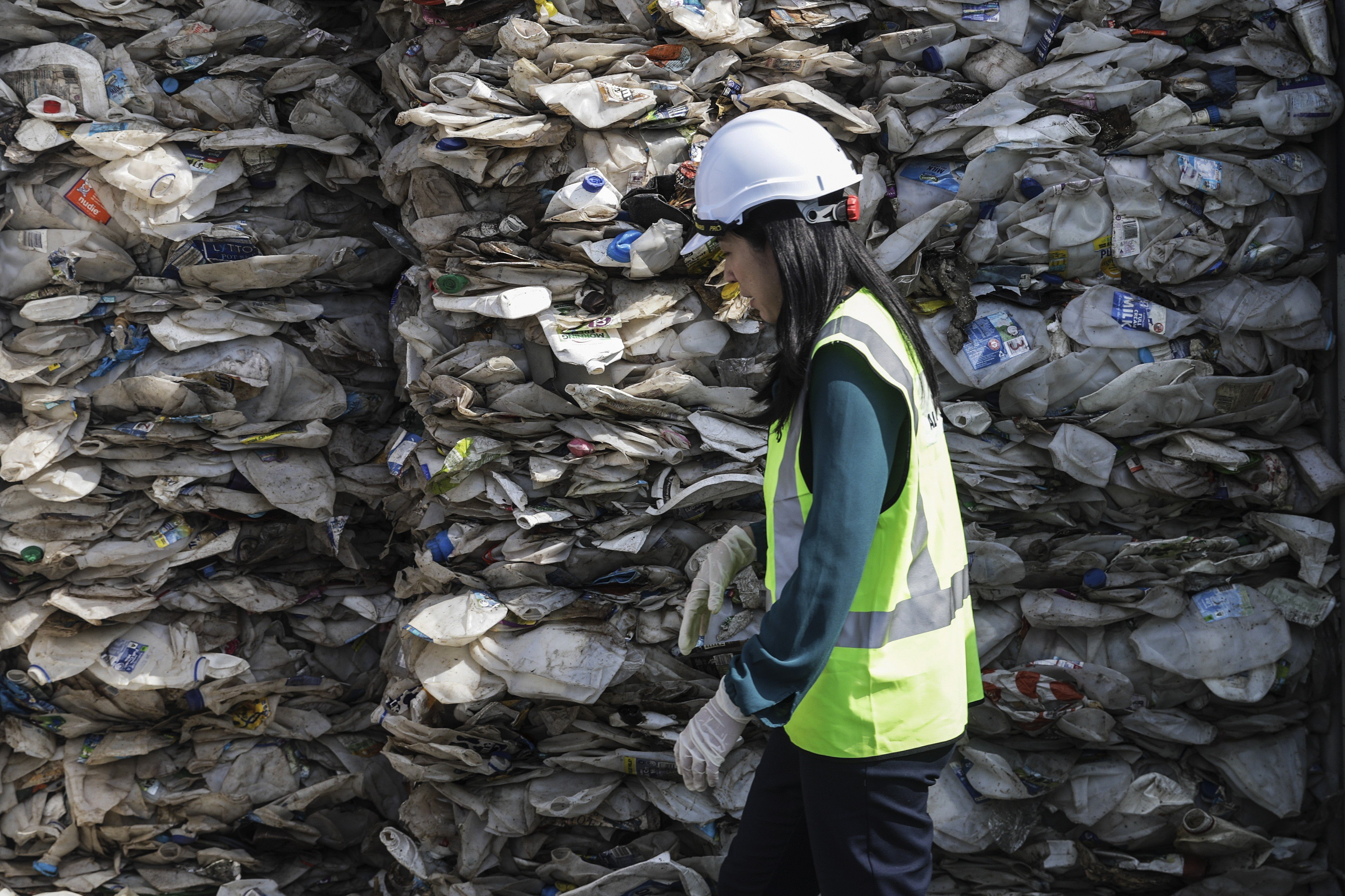 Malaysian minister Yeo Bee Yin blasts importers of illegal waste