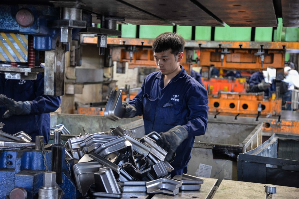Details of the data show that within the manufacturing purchasing managers' index, new orders were 49.8, down from 51.4 in April Photo: AFP