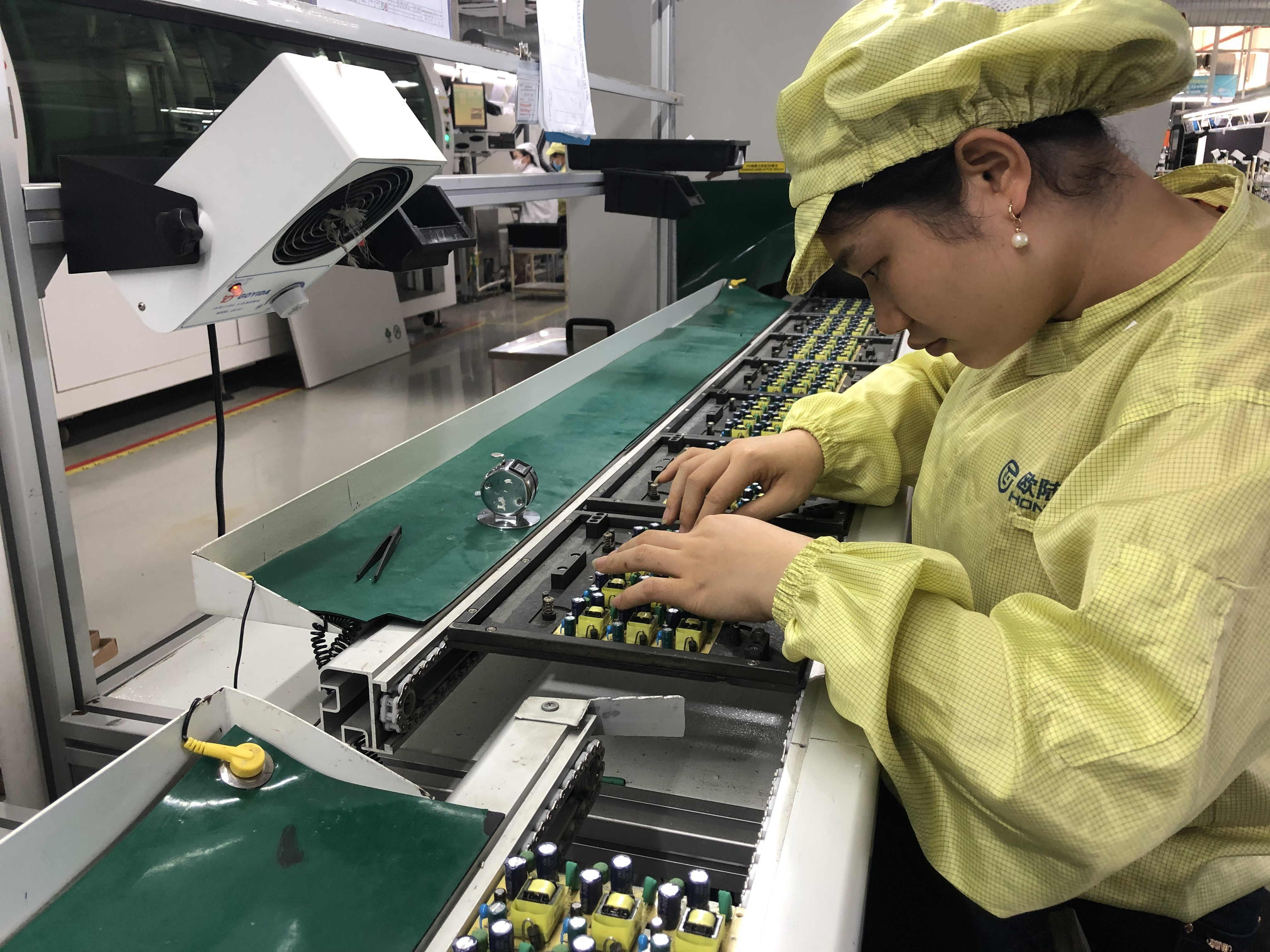 Samsung's last China smartphone factory closing, raising questions