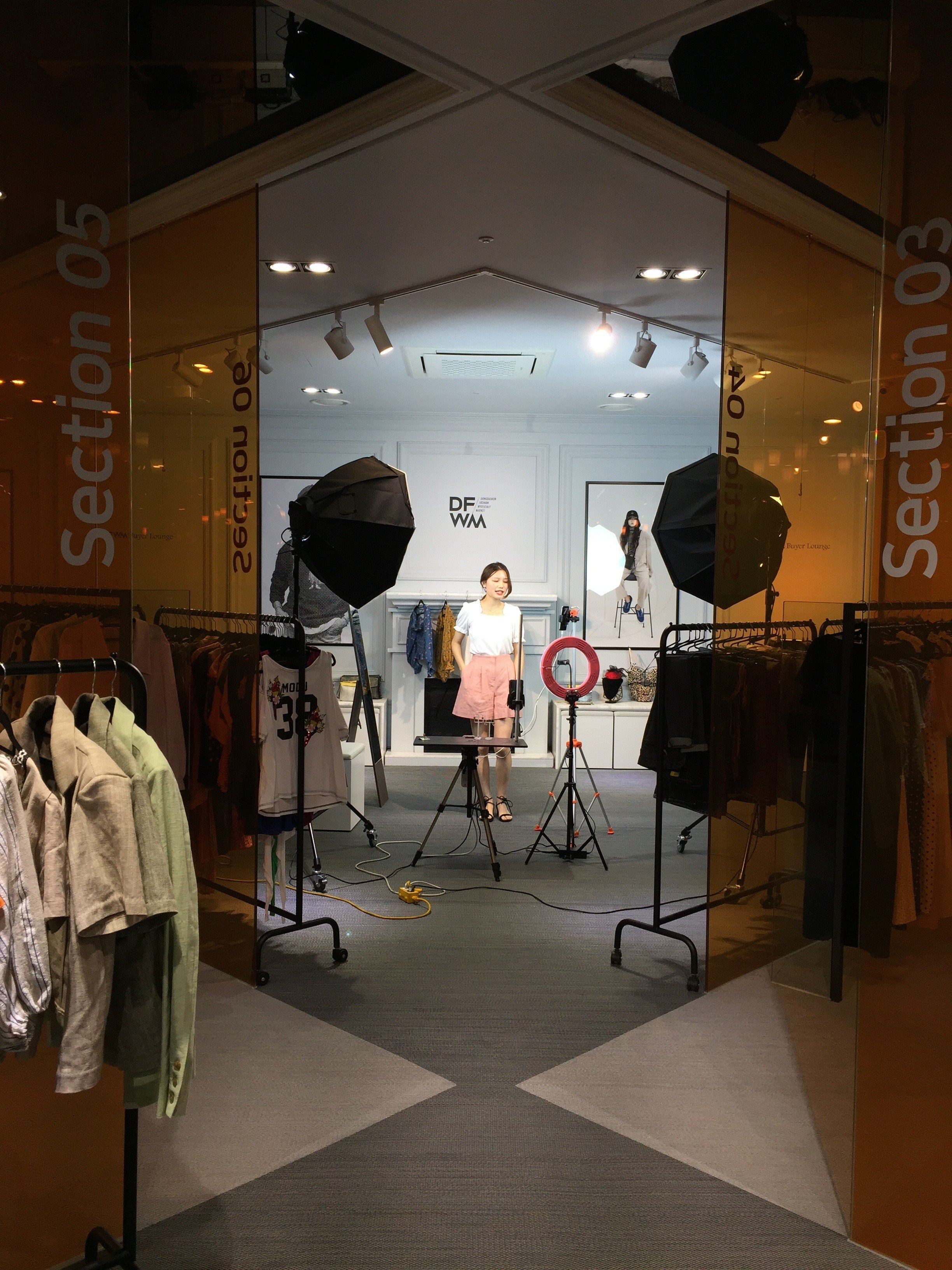f8e7054cbc8ad Forget K-pop and US missiles, Korea is back in fashion with China thanks to  live-stream shopping