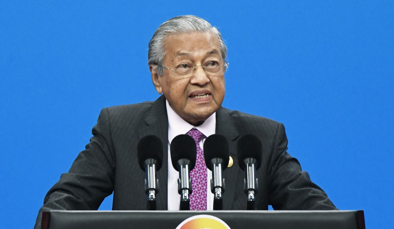 Mahathir is not bowing to China on Huawei. He's standing up to US bully: Malaysian minister