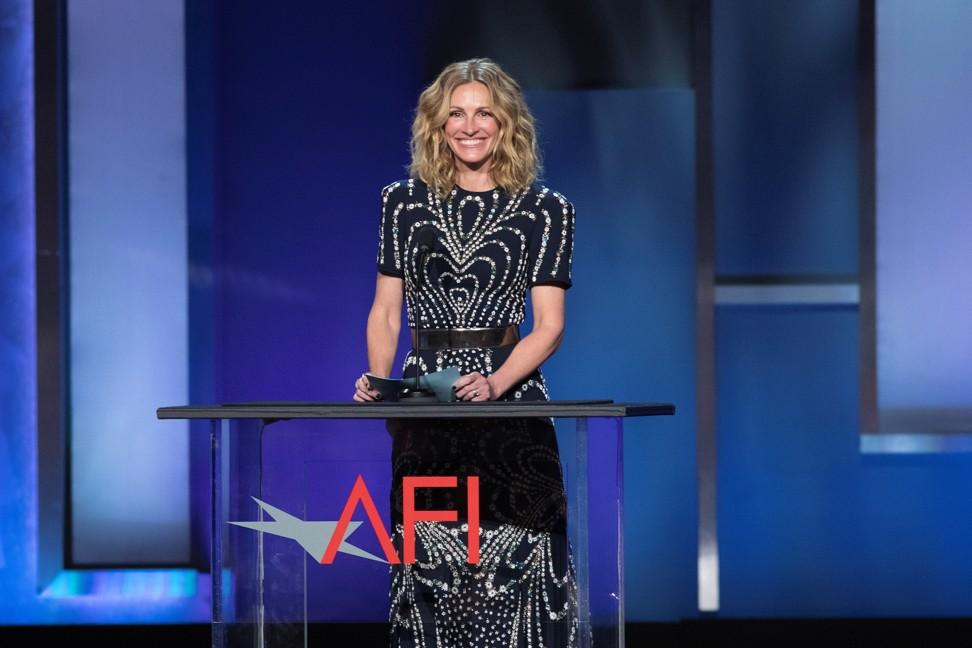 Denzel Washington picks up AFI Life Achievement Award, while Jamie Foxx and Julia Roberts pay tribute