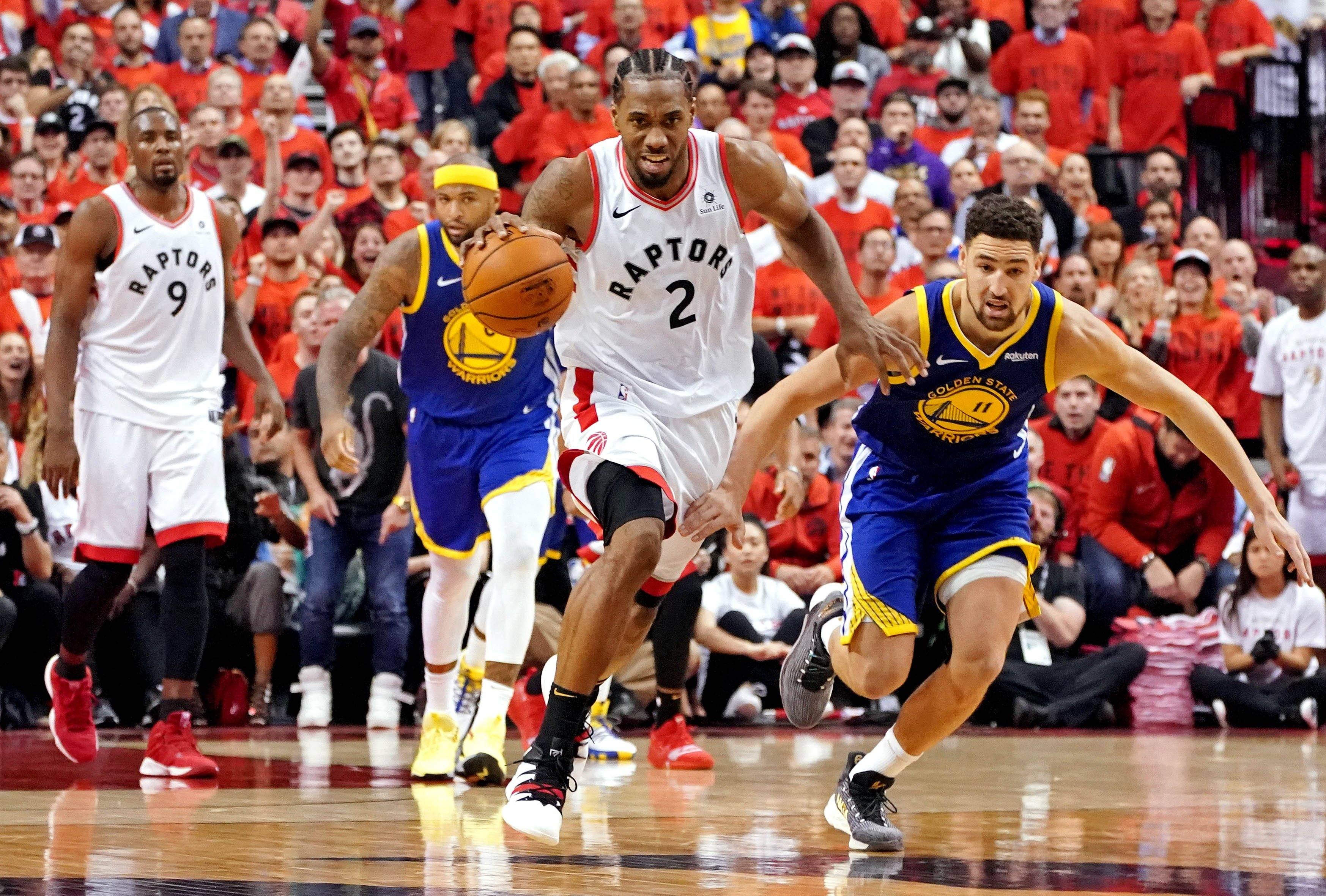 da0a02f96a0 NBA Finals: Toronto Raptors blow late game five lead as Golden State  Warriors cling on