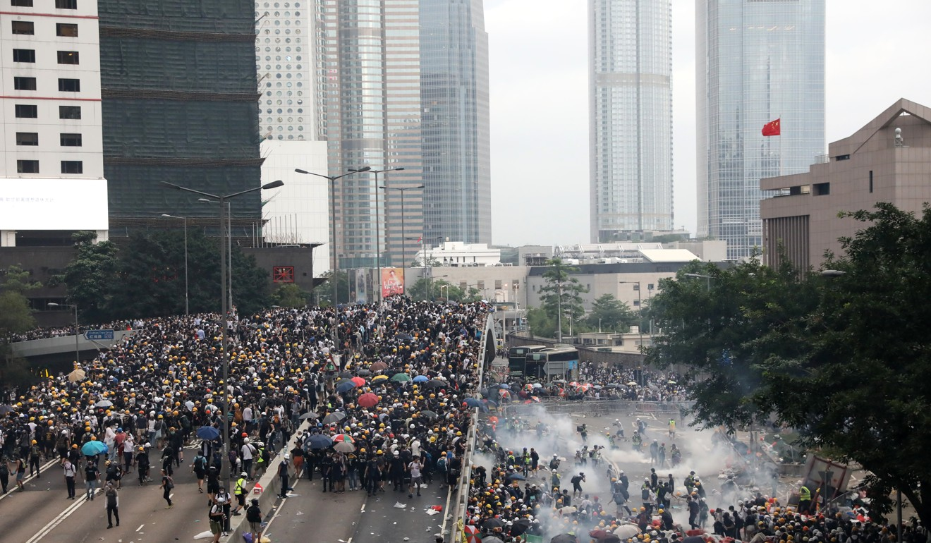 Hong Kong Journalists Association files complaint to independent watchdog, accusing police of using 'violence and intimidation' against media at extradition bill protests