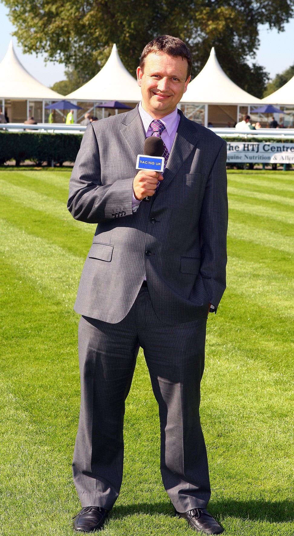 Racecaller Richard Hoiles. Photo: Handout