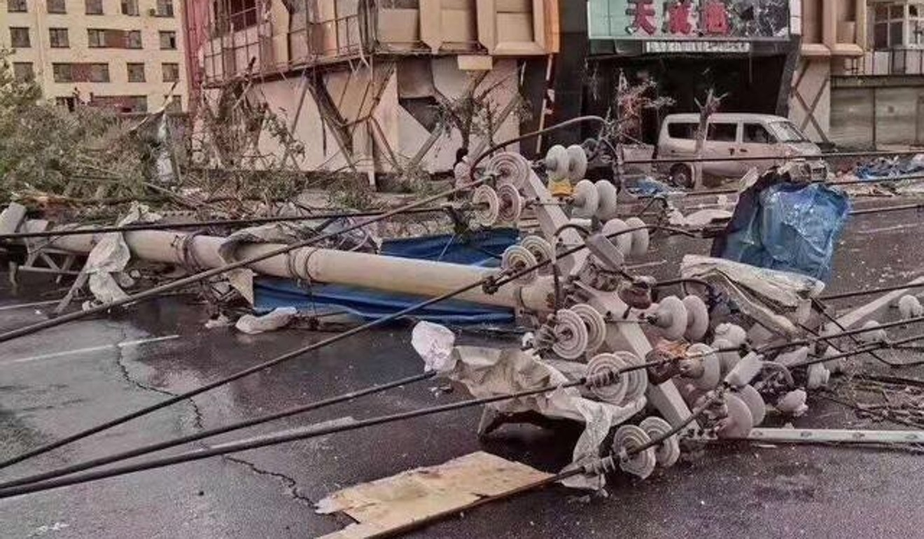 The wild weather brought down power lines and cut communications in some areas. Photo: Weibo
