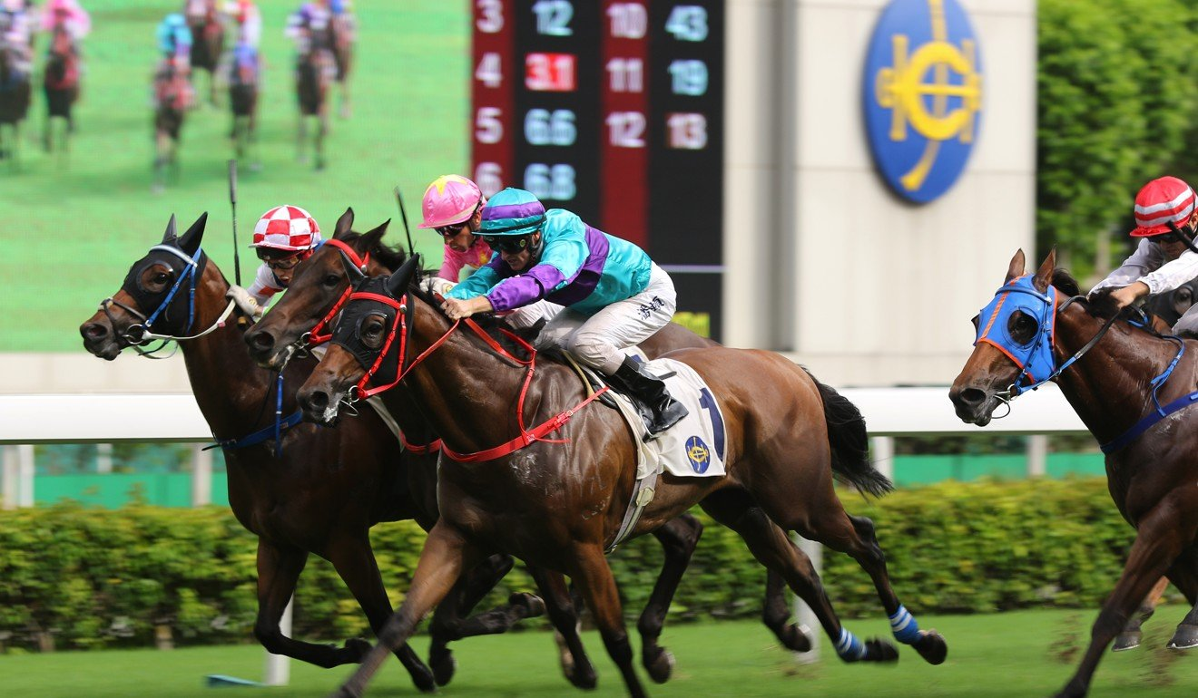 Zac Purton kicks clear on Marvelous World at Sha Tin on Sunday.