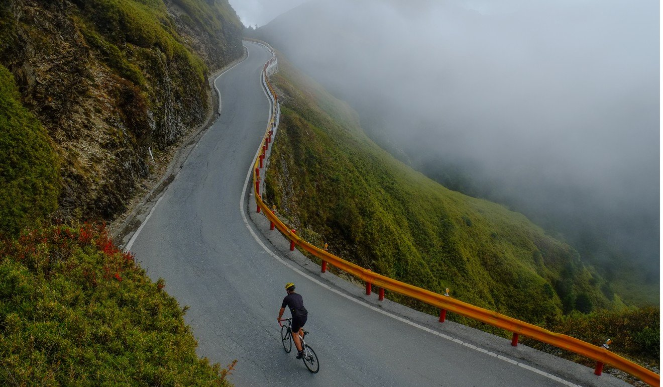 The Wulin mountain summit features a collection of spectacular twisting road climbs. Photo: Steve Thomas
