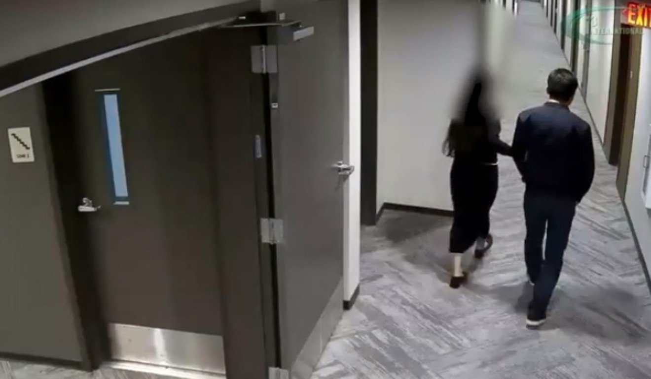 Footage from surveillance camera of Richard Liu and Liu Jingyao in the corridor of her apartment building. Photo: Minneapolis Police Department