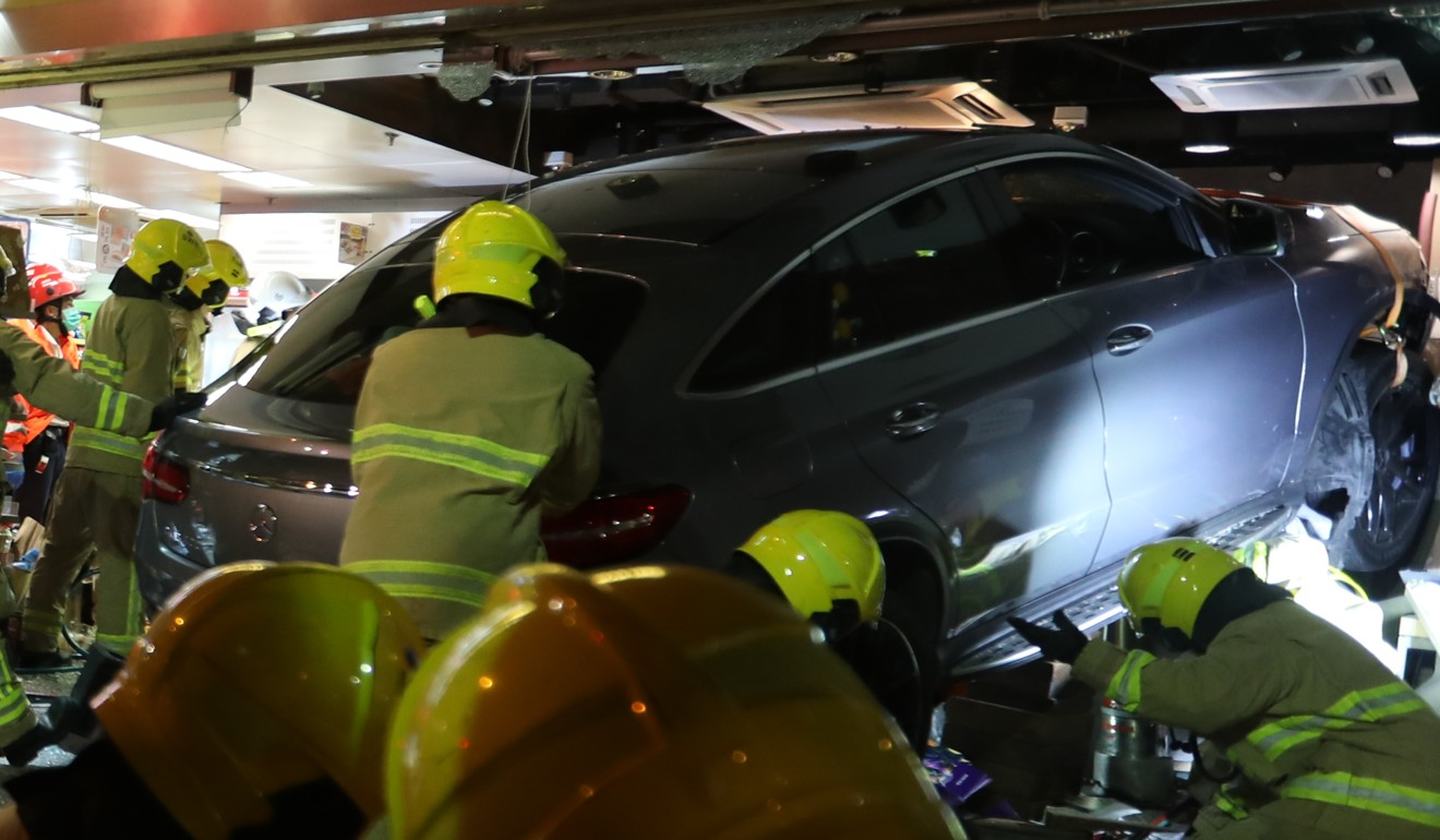 The car rammed into the cake shop while making a turn into Electric Road. Photo: Xiaomei Chen
