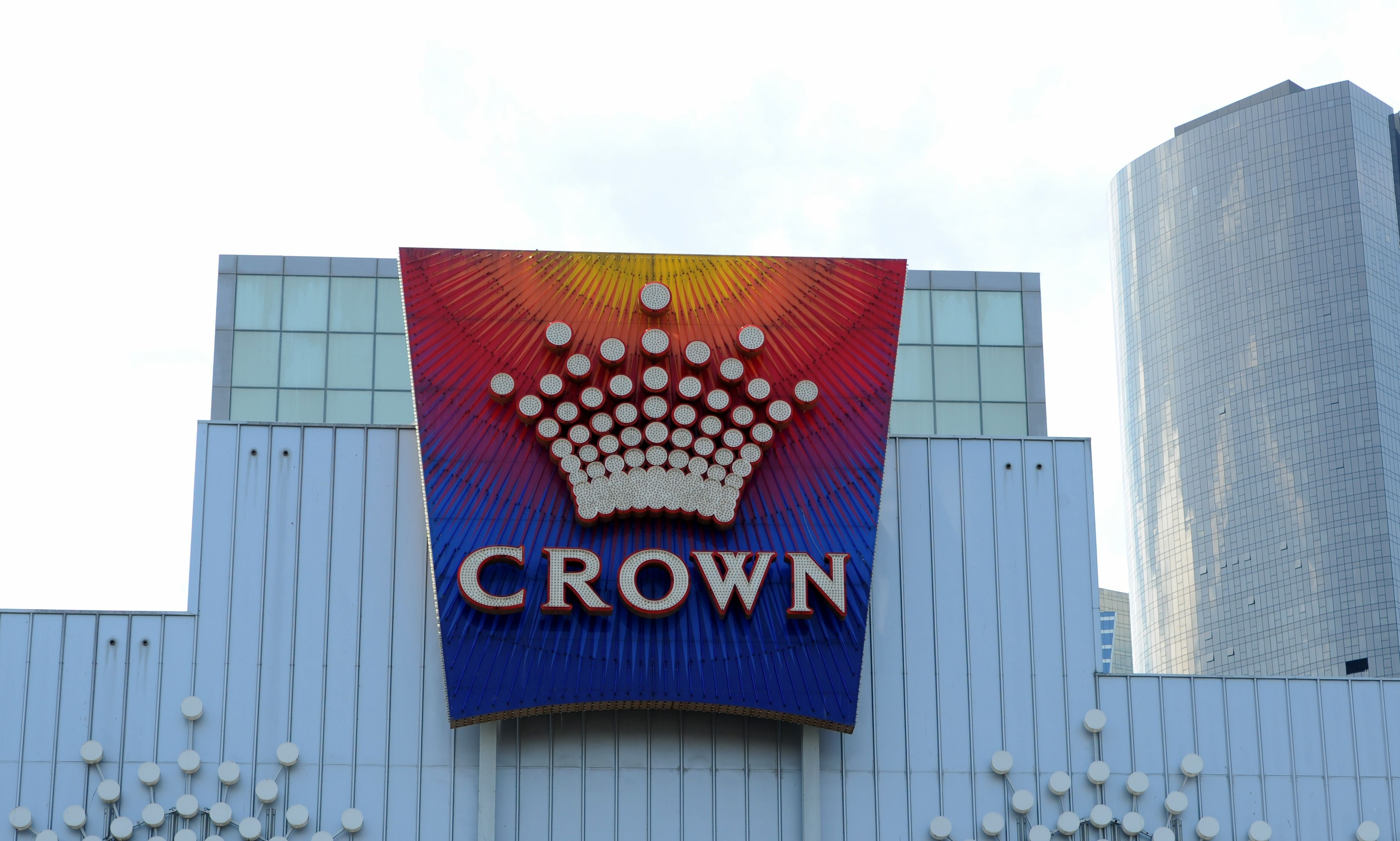 Australian casino giant Crown Resorts sees shares fall after