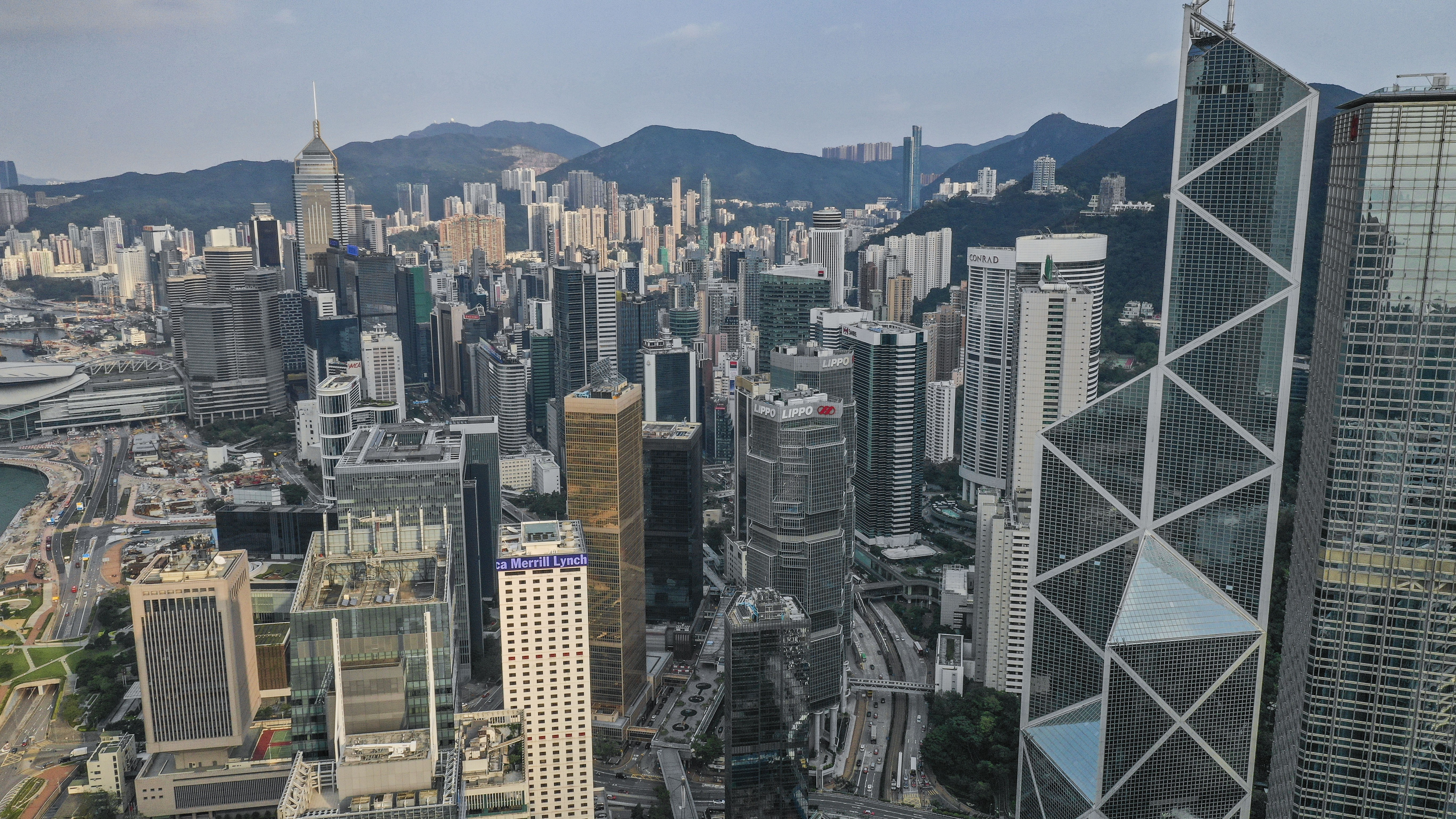 Younger people in Hong Kong le...