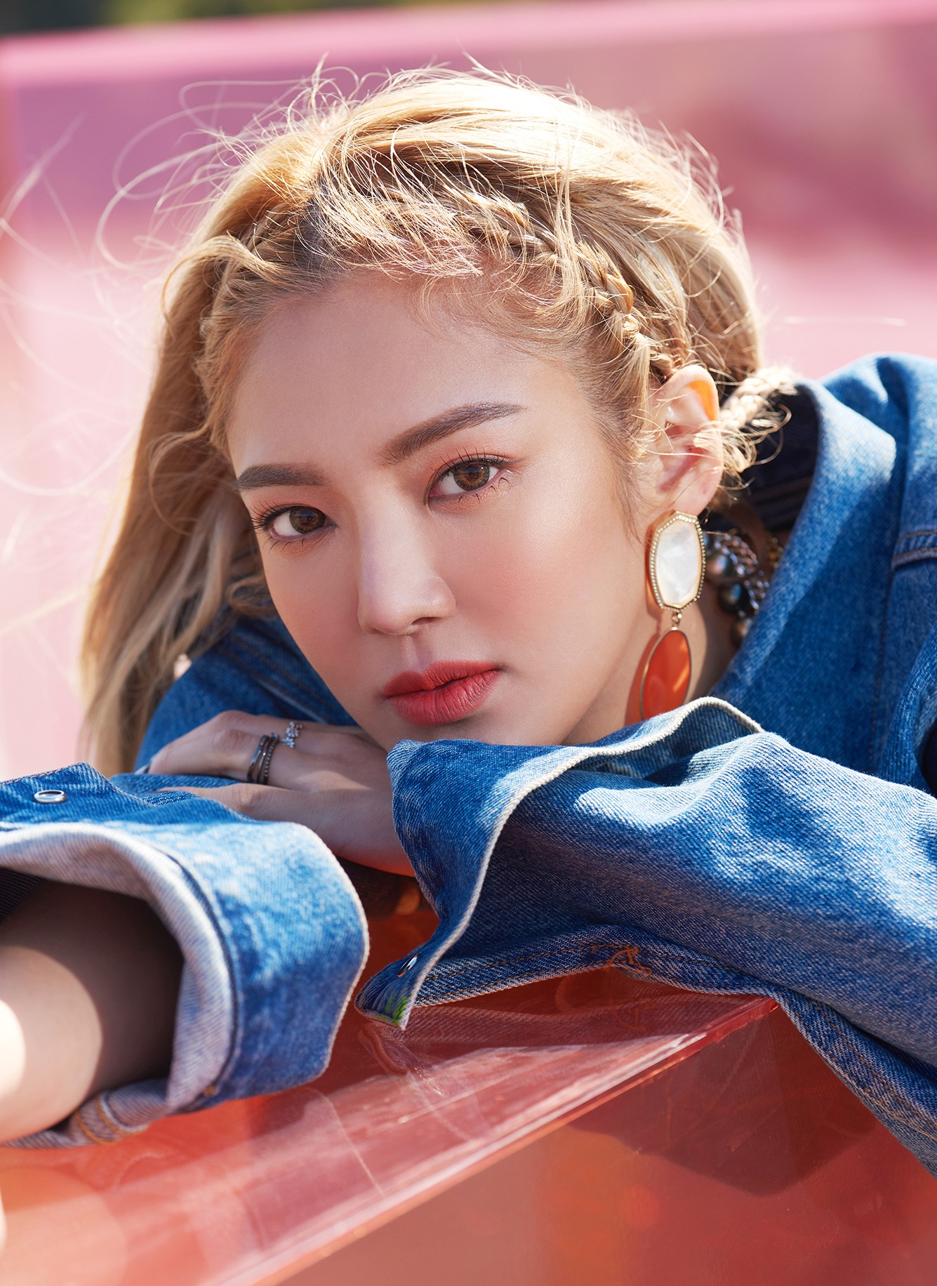 SM and Hyoyeon respond to the publication mentioning she as the DJ of the Burning Sun event in 2018