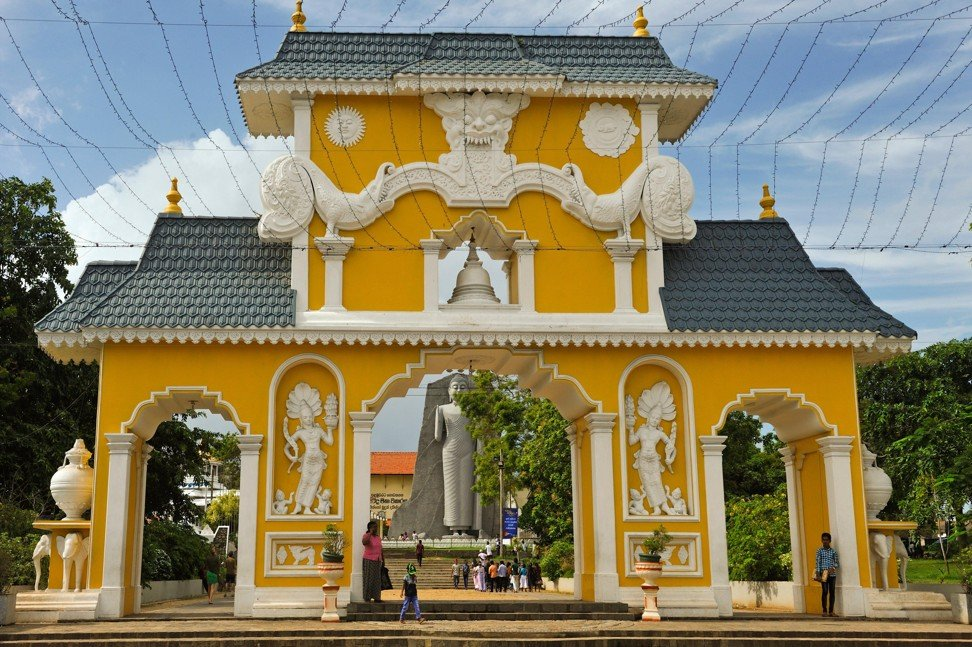 The entrance to the Uthpalawanna Sri Vishnu Devalaya Temple at Dondra. Photo: Alamy
