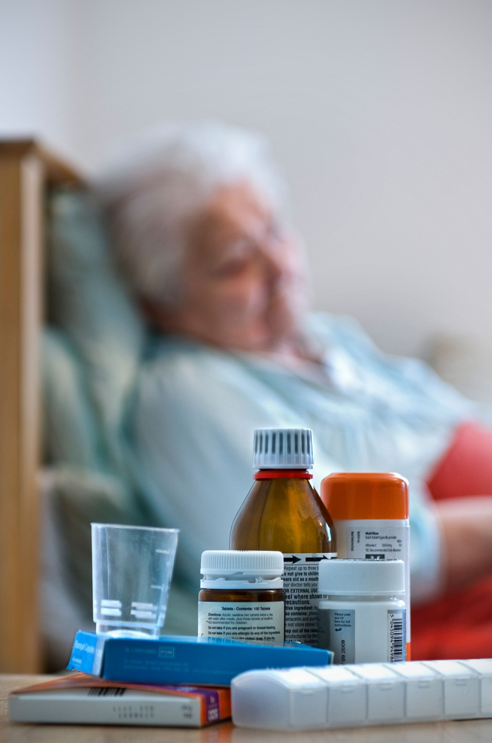 How some medicines cause side effects that imitate dementia in the