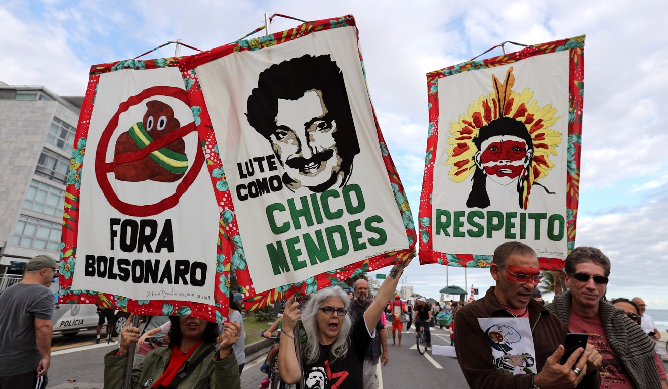 Amazon fires: Brazilian President Jai Bolsonaro feeling the heat on world stage as inferno rages