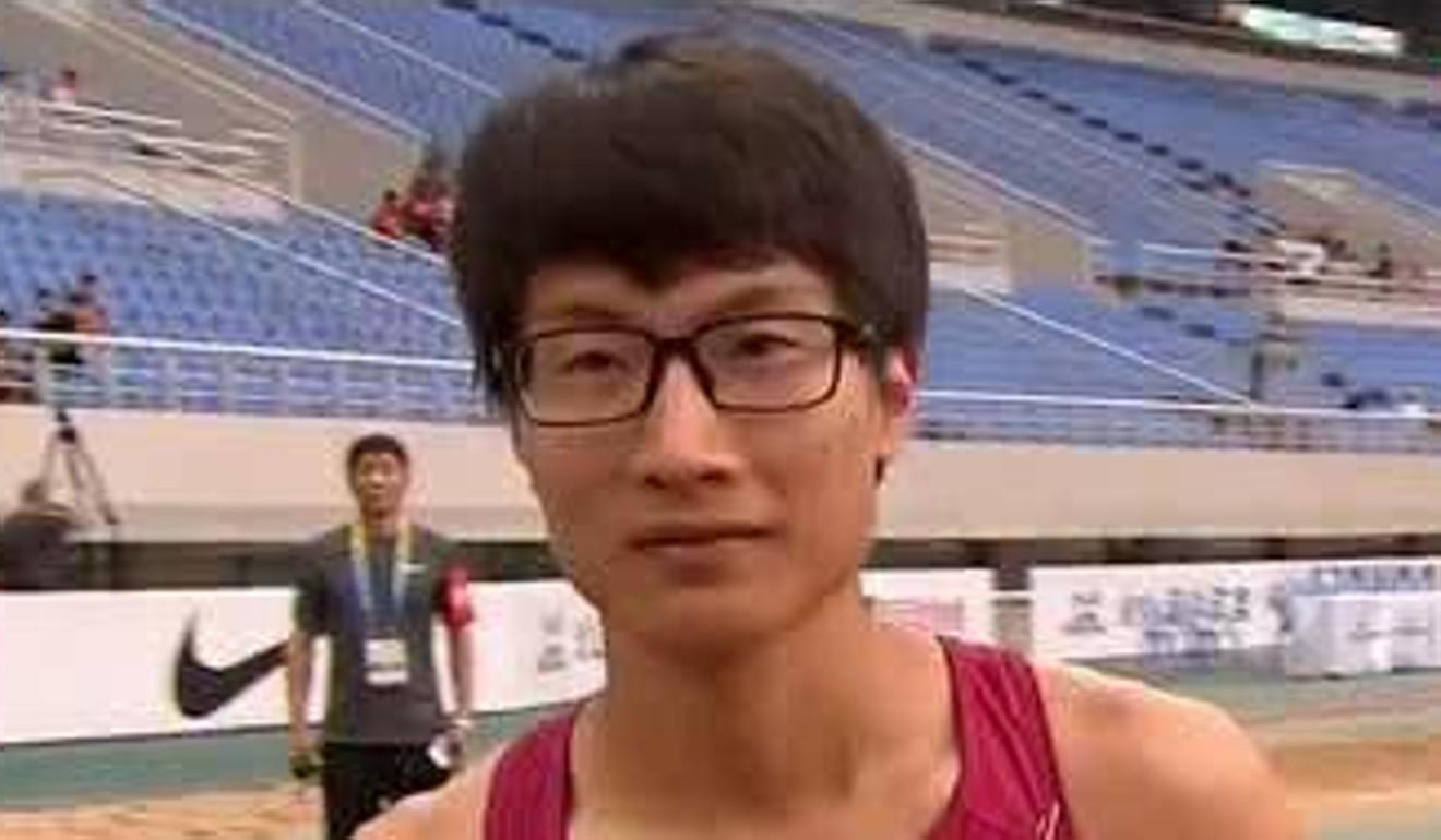 Corridore cinese 400m Tong Zenghuan. Foto: Sina Sports