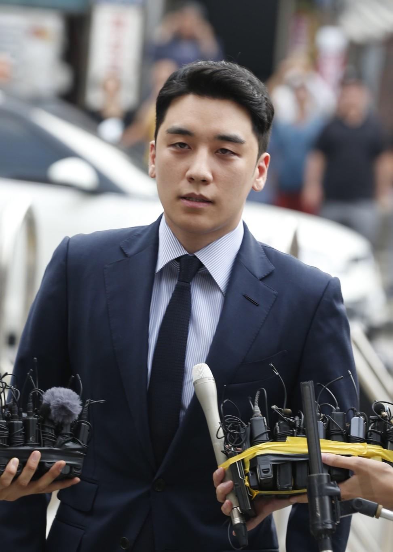 K-pop scandal: former Big Bang member Seungri questioned by police over Las Vegas gambling