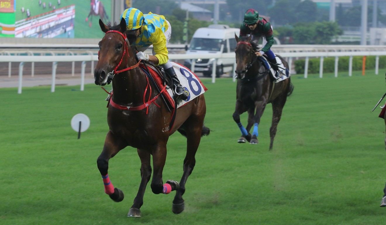 Joao Moreira guides Winning Method to an easy trial win on Saturday.