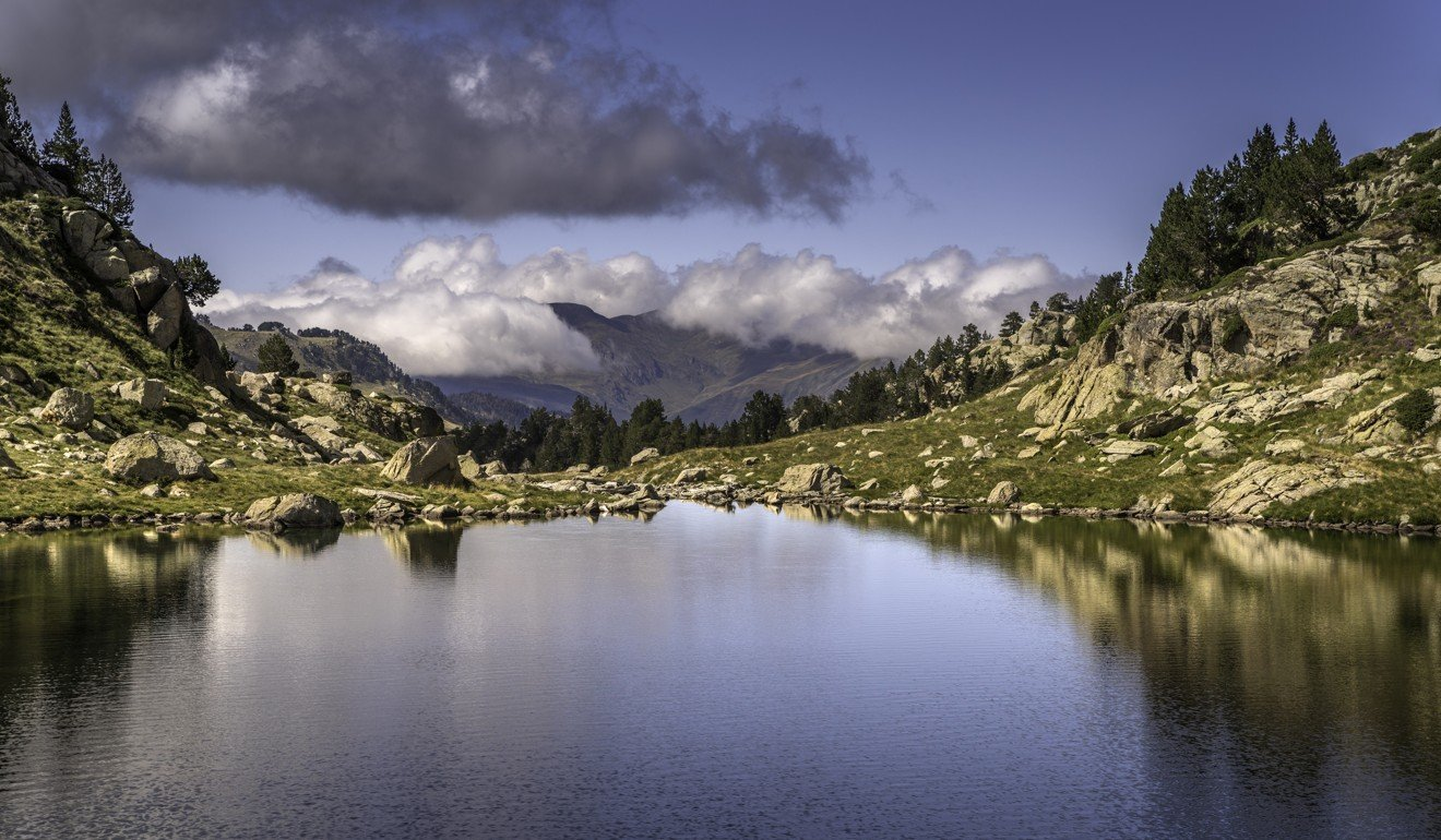 Estanh de Podo a lake which forms part of the Colomeres Lake Circuit and at 2600m is the highest point of Val D'Aran by UTMB. Photo: Foment Torisme Val d'Aran ®.jpg