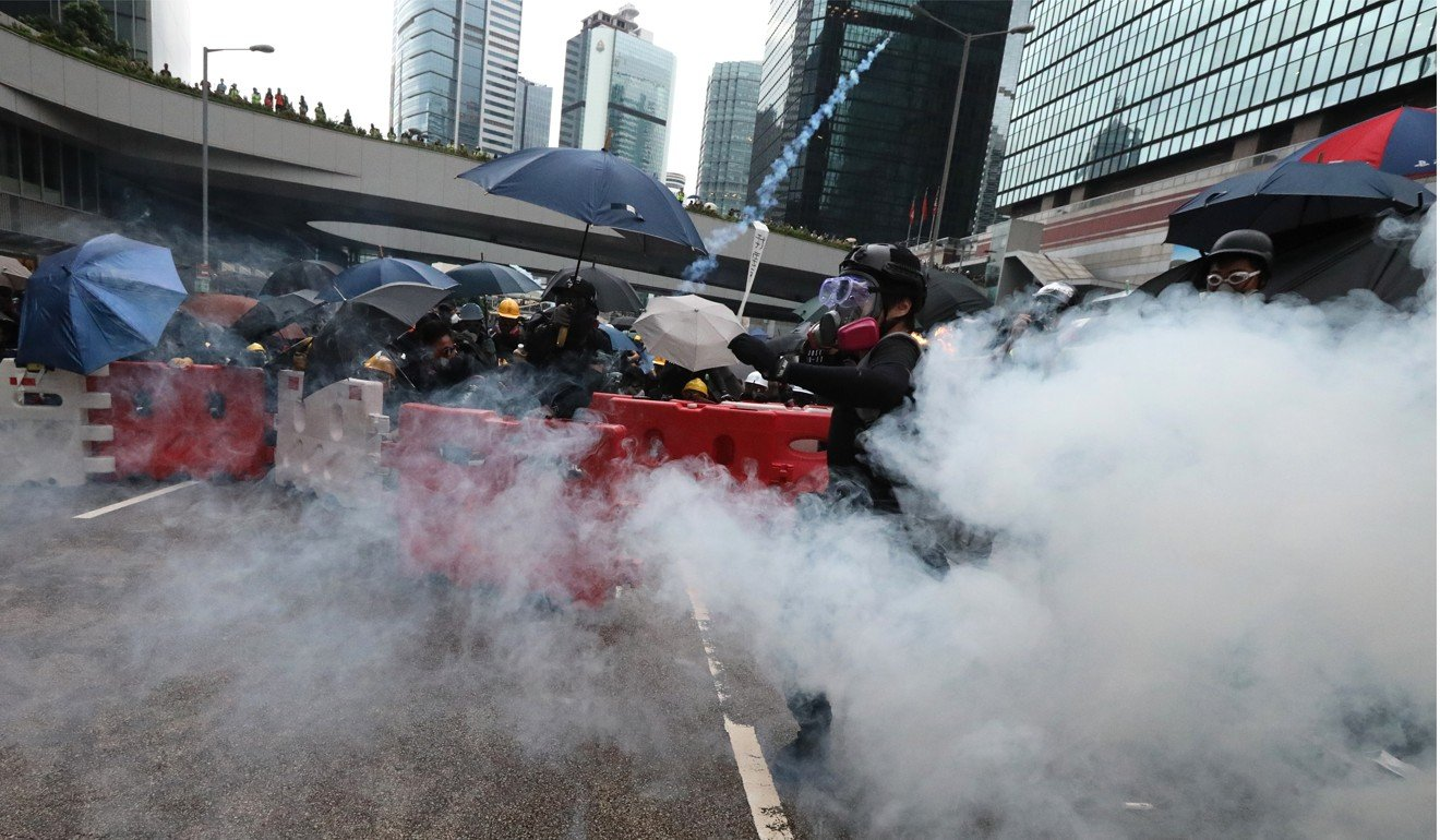 Hong Kong tycoon Li Ka-shing calls on those in power to show humanity and provide 'way out' for young people in protest crisis