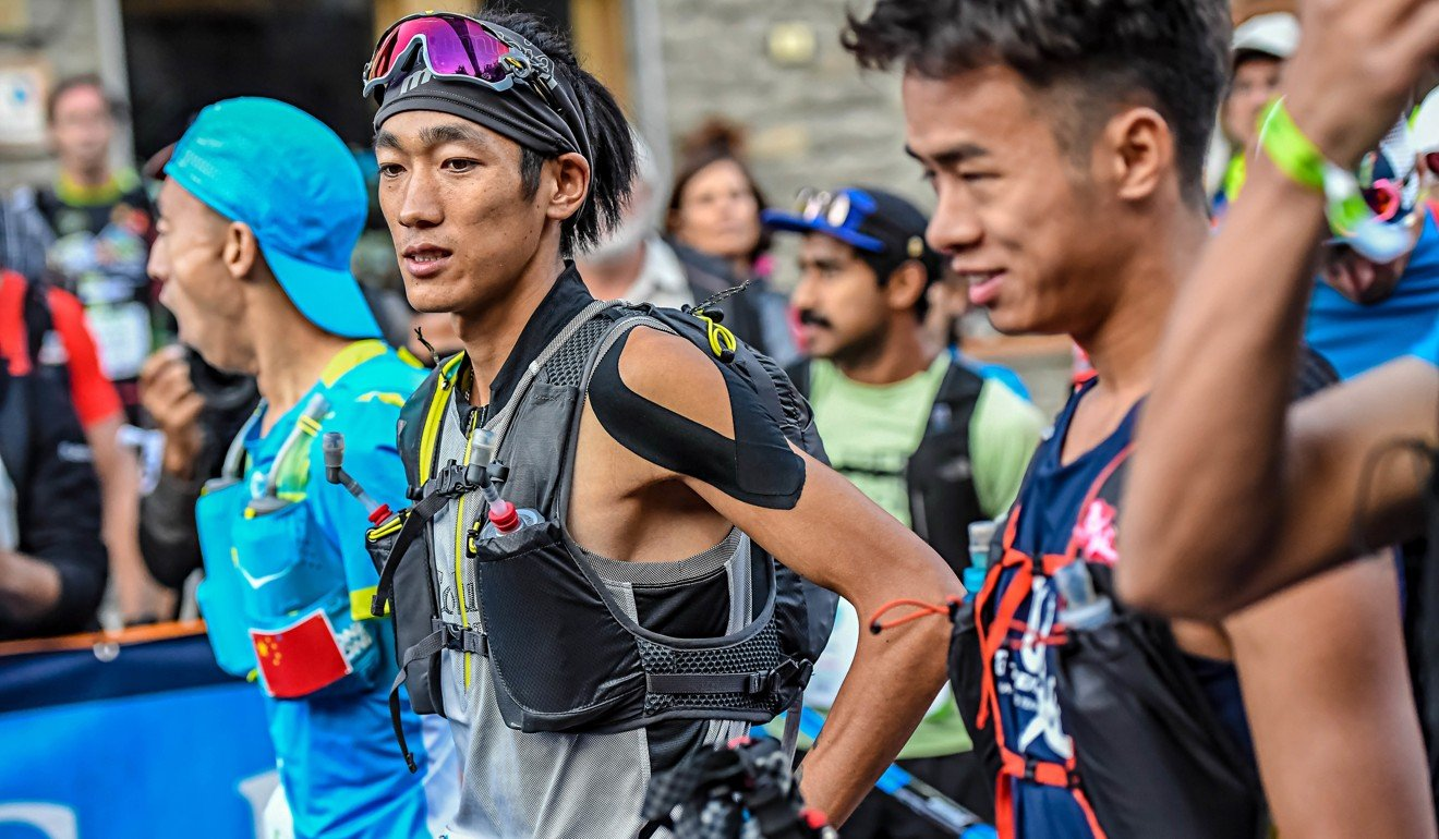 Shen Jiasheng lines up on the CCC startline. Even though he was tired after finishing, he had time for selfies with fans. Photo: UTMB