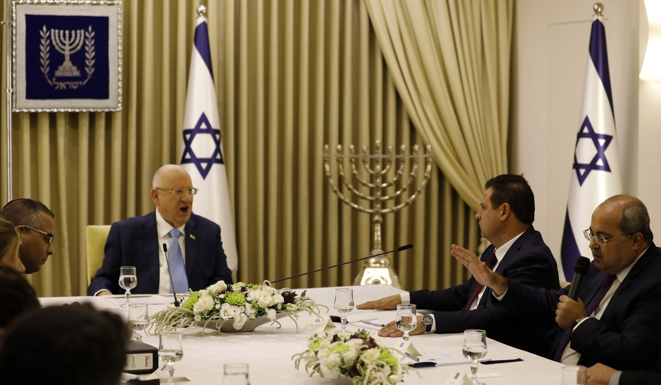 Israel's Arabs emerge from sidelines to back Netanyahu's rival Benny Gantz