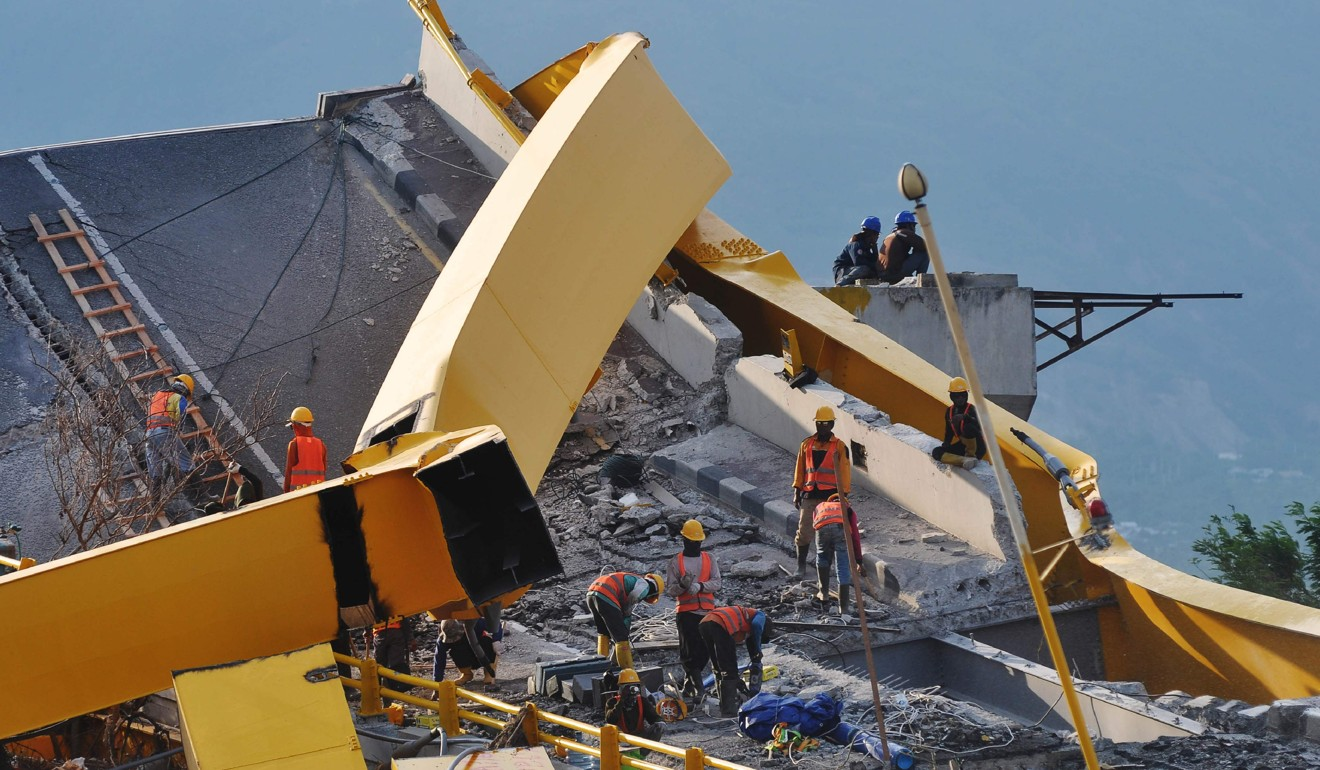 Indonesia marks one year since deadly quake-tsunami disaster that left thousands dead