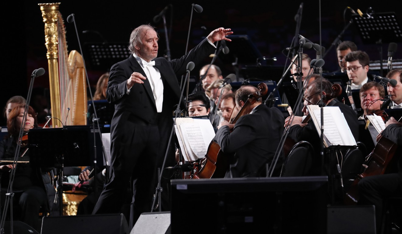 Time and motion: what exactly does an orchestra conductor do? A classical music critic explains
