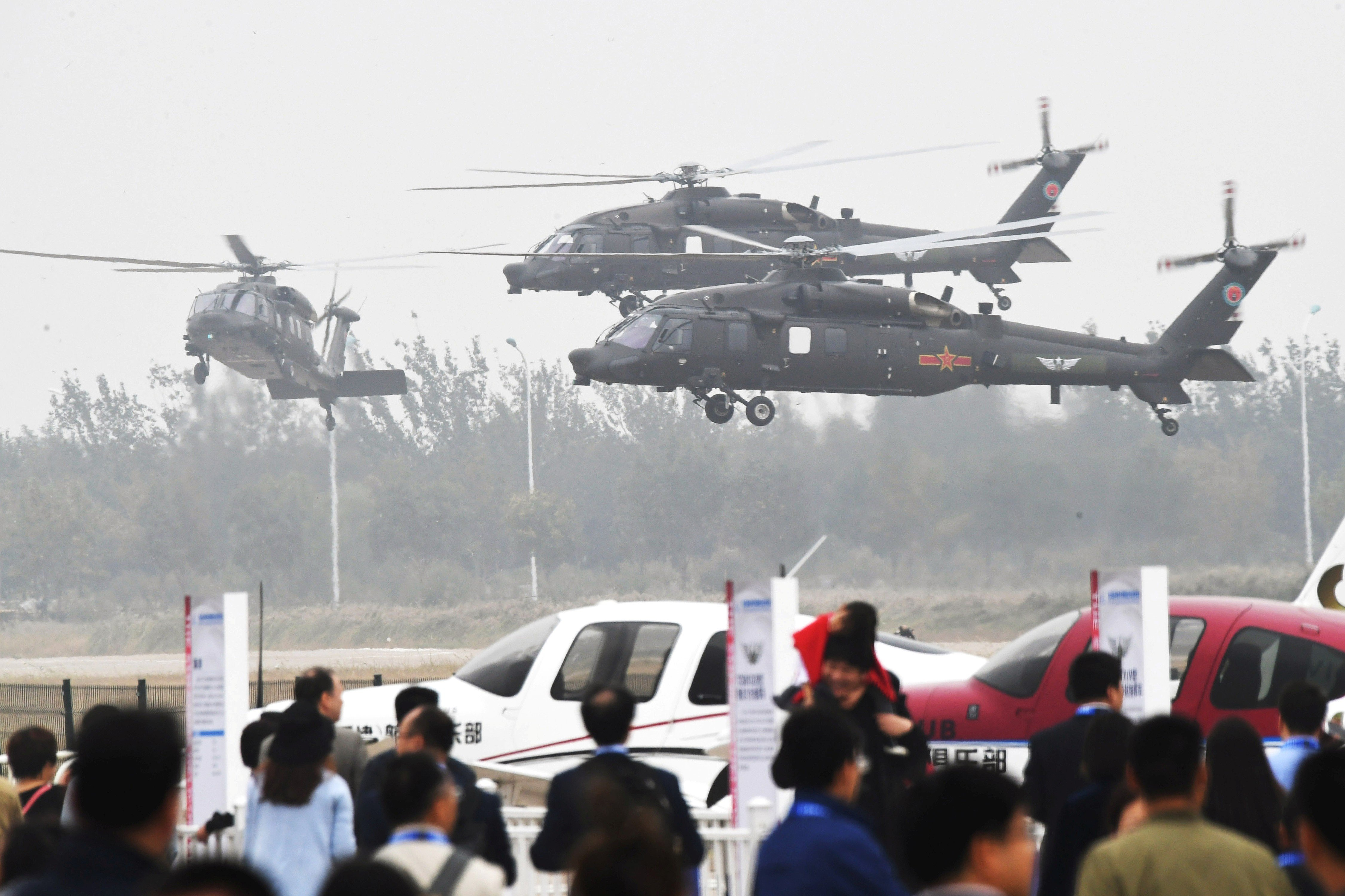 China S Z 20 Black Hawk Lookalike And Flying Saucer Concept Craft Star At Helicopter Expo South China Morning Post