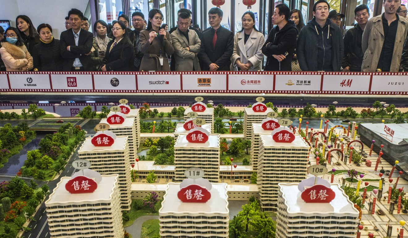 China developers cut prices by up to 10 per cent to spur sales amid slowdown as policymakers maintain market curbs