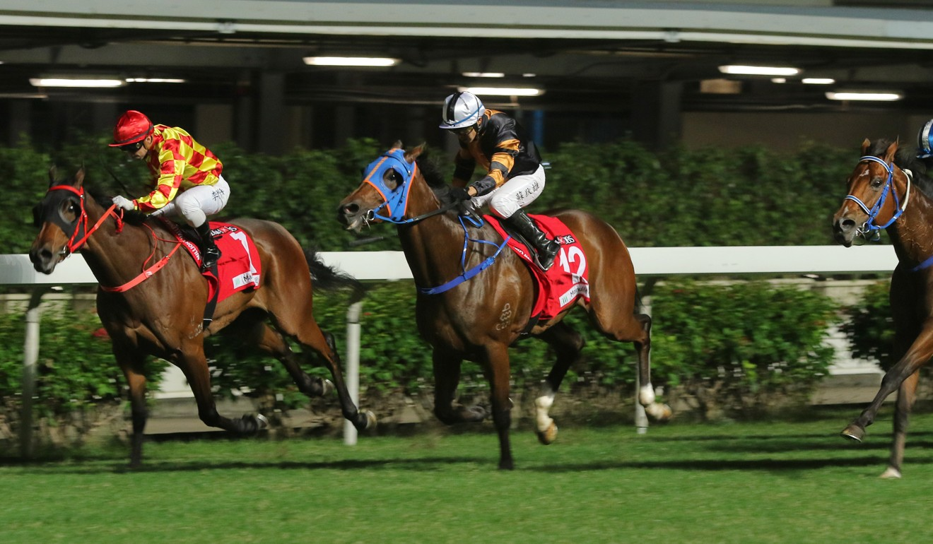 Baby (outside) runs over the top of Shining Ace at Happy Valley on Wednesday night.