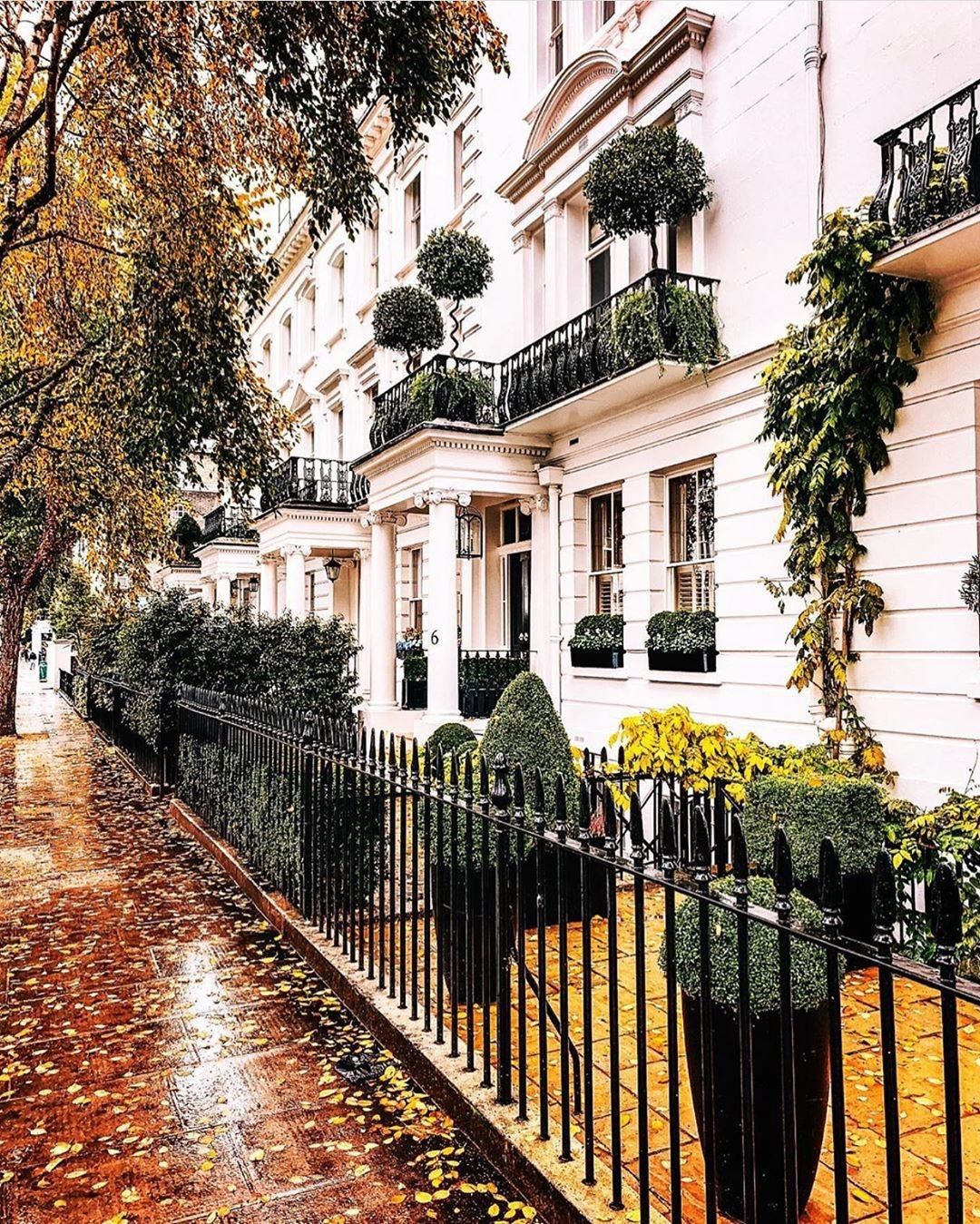 Buying A House In London: Everything You Need To Know