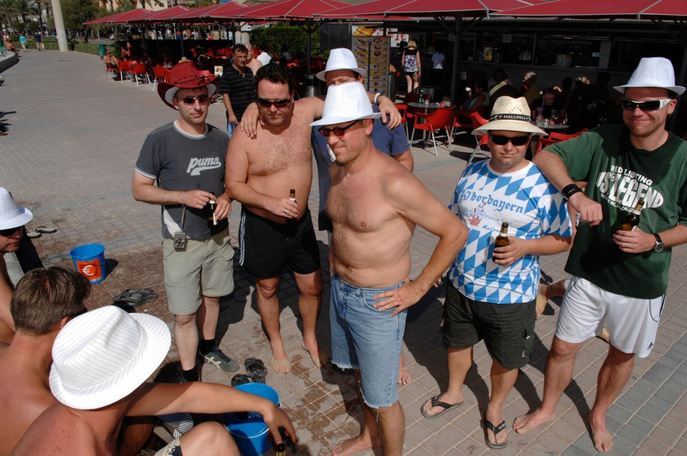 The Spanish island of Mallorca has banned bars from promoting happy hours. Photo: Alamy