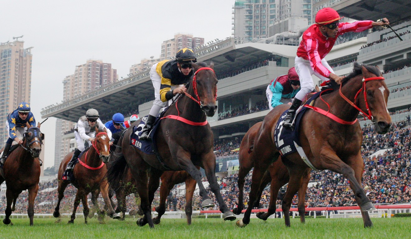 Karis Teetan salutes as Mr Stunning wins the 2018 Hong Kong Sprint.